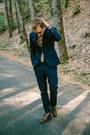 H-m-suit