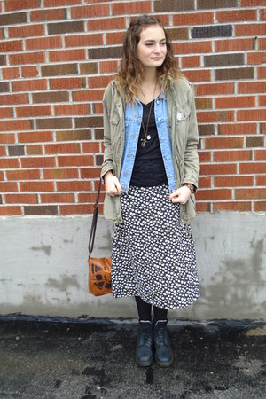 thrifted Daisy Skirt skirt - Talula jacket - Aldo bag - Gap vest
