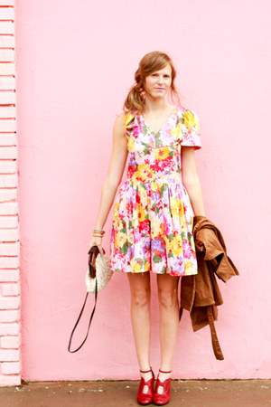 bubble gum Tea and Tulips dress