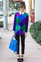 blue Tea and Tulips sweater