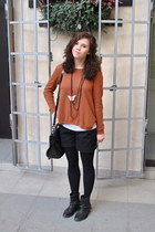H&M jumper - Carvela boots - Mulberry bag - H&M shorts