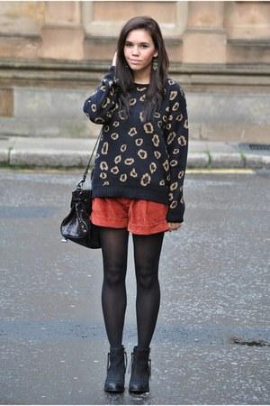 Primark jumper - Topshop boots - Mulberry bag - Primark shorts