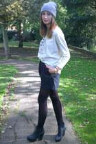 heather gray brat &suzie jumper - black elvira boots Nelly boots