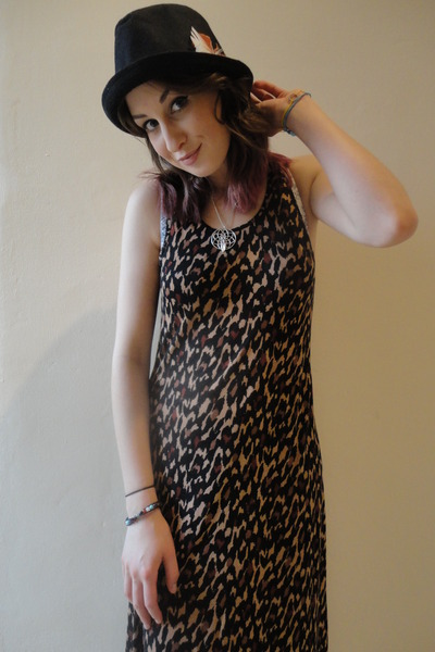 dark brown maxi dress H&M dress - black trilby Topman hat