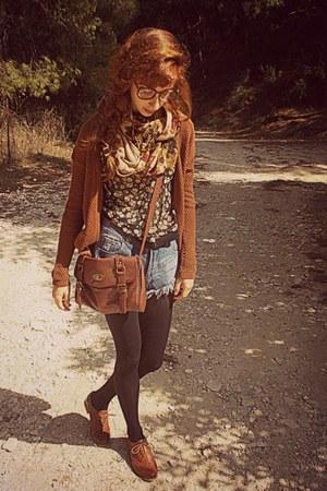 tan floral H&M scarf - burnt orange brogues Bershka shoes