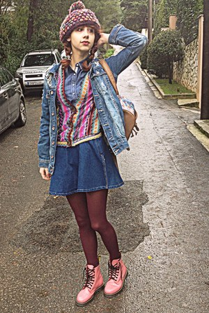 sky blue floral backpack romwe bag - bubble gum boots - maroon beanie hat