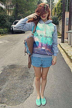 bubble gum floral backpack romwe bag - sky blue denim romwe shorts