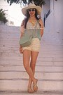 Aquamarine-bag-light-yellow-oasap-shorts-aquamarine-ice-cream-necklace