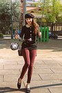 Black-beret-diy-hat-brick-red-zara-leggings-white-clock-diy-bag