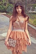 eggshell floral purse - peach dress