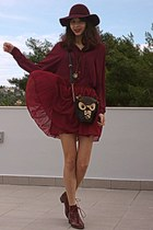 maroon boots - maroon H&M hat - black owl bag - maroon skirt