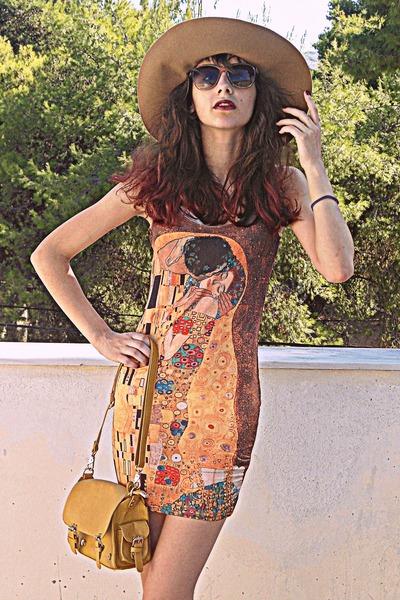 burnt orange klimt romwe dress - camel H&M hat - mustard bag - brown sunglasses