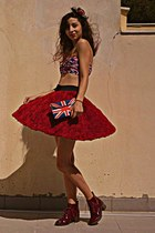 ruby red rose Chicwish skirt - ruby red boots - ruby red fascinator hat
