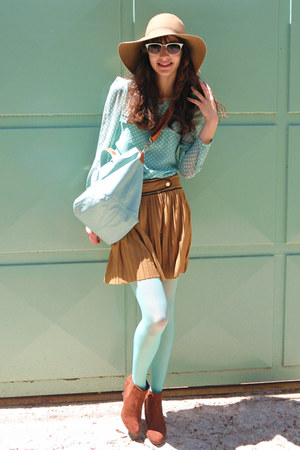 burnt orange skirt - burnt orange boots - aquamarine tights - aquamarine bag