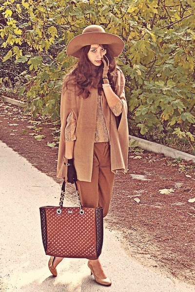 camel H&M hat - burnt orange D&G bag - camel romwe cape