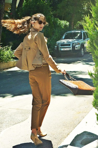 tawny Dolce&Gabbana bag - camel Stradivarius jacket - tan vintage blouse