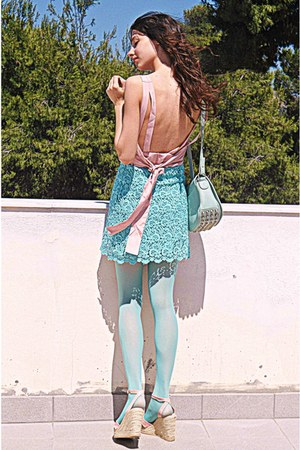 light pink romwe dress - aquamarine tights - aquamarine lulus bag