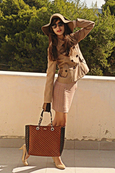camel Stradivarius jacket - nude Dorothy Perkins dress - camel H&M hat