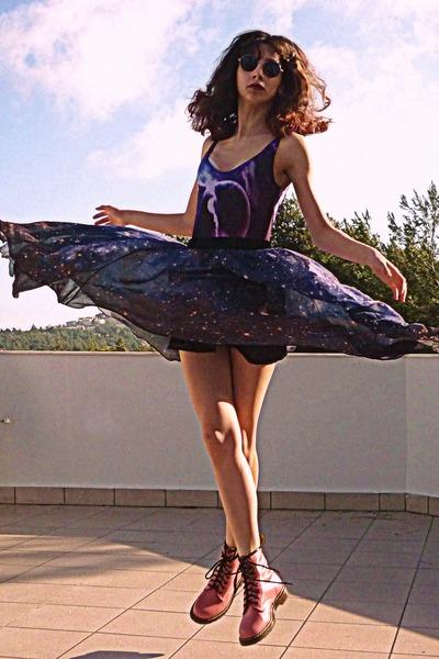 black romwe sunglasses - pink OASAP boots - magenta galaxy romwe swimwear