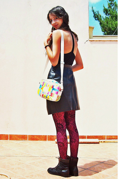 black boots - black lace Forever 21 tights - magenta new look tights