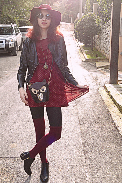 black owl bag - black studded H&M boots - maroon studded dress - maroon H&M hat