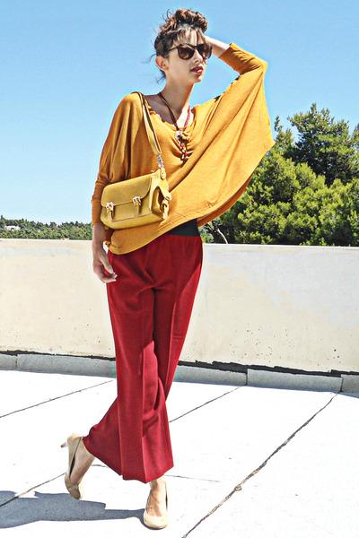 mustard lulus bag - mustard Zara top - ruby red pants - nude Steve Madden pumps