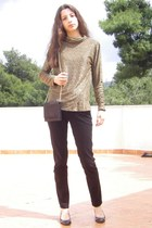 dark brown shoes - camel vintage sweater - dark brown vintage purse - black Stra