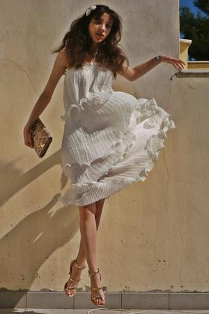 neutral Zara heels - white Chicwish dress - neutral floral Accessorize bag