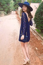 navy Zara hat - navy lace Zara dress - navy vintage bag - nude heels