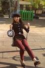 Black-beret-diy-hat-brick-red-zara-leggings-white-clock-diy-bag