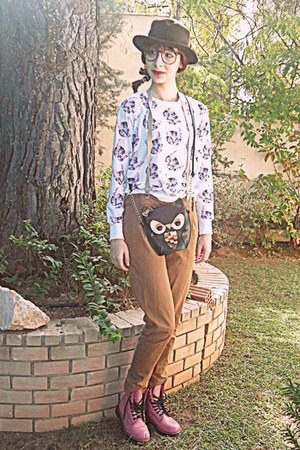 brown romwe hat - bubble gum boots - black owl Accessorize bag