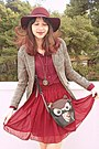 Black-owl-bag-maroon-h-m-hat-beige-plaid-cozbest-blazer-maroon-skirt