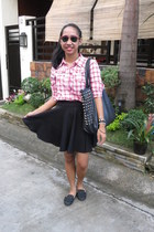 black studded bag - shirt - ruby red What Women Want sunglasses