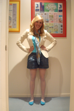 top - scarf - shoes - Bettina Liano shorts - blazer