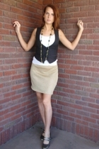 banana republic top - Old Navy vest - Mind Over Matter by Stephanie Geisler skir