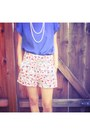 Floral-lucca-couture-shorts-tramp-blouse-unknown-necklace-aldo-sandals