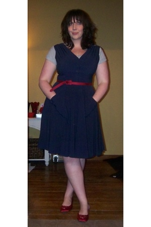 blue calvin klein dress - red Nordstrom shoes - gray Gap t-shirt