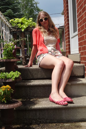 salmon thrifted blouse - nude wilfred shirt - periwinkle Talula shorts