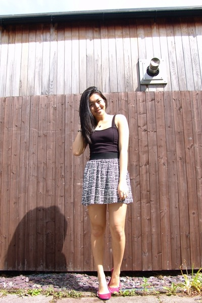 black Forever 21 dress - white Forever 21 skirt - hot pink Dunnes flats