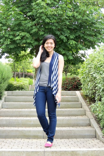 navy H&M jeans - heather gray Bershka top