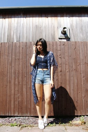 blue Bershka shorts - navy Forever 21 top - off white River Island sneakers