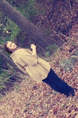camel poncho H&M sweater - black Nine West boots - brown H&M hat
