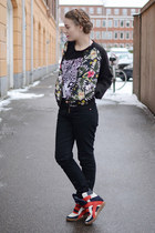black skinny acne jeans - black floral bomber Primark shirt