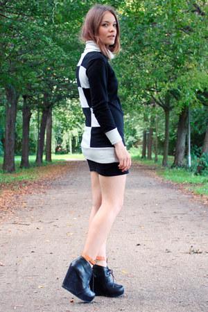 black checkered Ebay dress - black leather Aldo wedges