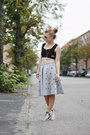 Silver-midi-h-m-skirt-black-cropped-asos-top