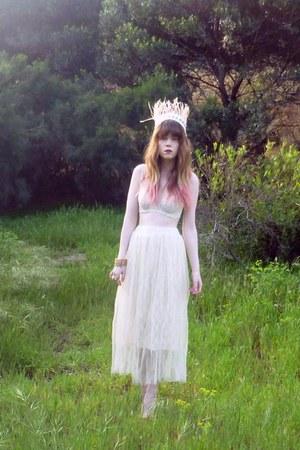 skirt - vintage bra