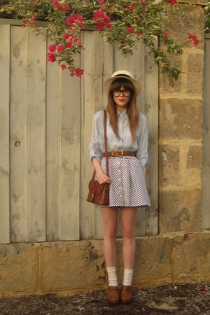 Hobbs clogs - Valleygirl skirt - thrifted bag - vintage belt - Sportsgirl hat