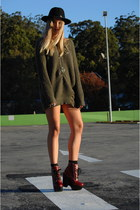 ruby red tardy Jeffrey Campbell boots - ripped knit supre dress - fedora vintage