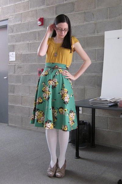 cream HUE tights - gold Anthropologie top - light brown Anthropologie heels - gr