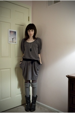 gray dropwaist Goose dress - black shortie Frye boots - gray donna karan tights